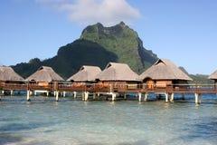 De steltenbungalowwen van Bora van Bora Royalty-vrije Stock Afbeelding