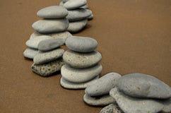 De Stenen van het basalt op Strand royalty-vrije stock foto