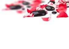 Roze nam bloemblaadjes en stenen toe Royalty-vrije Stock Foto