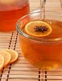 De ster van de anijsplant in hete thee Royalty-vrije Stock Foto's