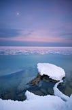 De ster van de winter boven het overzees Stock Foto's