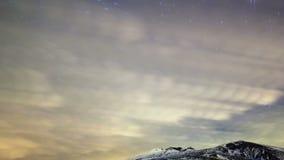 De sterren verlaten spiraalvormige sporen. Tijdtijdspanne stock videobeelden