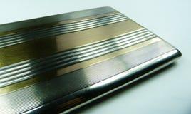 De stevige zilveren en gouden uitstekende luxe van het sigaretgeval Royalty-vrije Stock Afbeeldingen