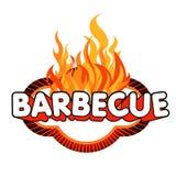 De sticker van de barbecue op vlammenachtergrond. Stock Afbeeldingen