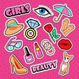 De Stickers, de Kentekens en de Flarden van de vrouwenmanier De Krabbel van de meisjesstijl met Diamant, Lippen en Hond Royalty-vrije Stock Fotografie
