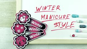 De stickers en de manicure van de winterkerstmis stock video