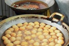 De stijl van Azië van bataatgebraden gerechten op de pan Royalty-vrije Stock Afbeelding