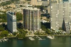 Lucht mening van flatgebouwen in Miami Royalty-vrije Stock Foto's