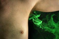 De stinkende Geur van het Oksellichaam Stock Foto