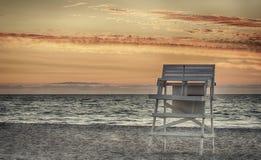 De stoel van de badmeester Stock Fotografie