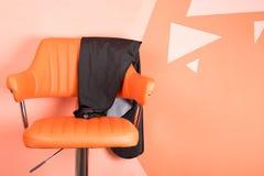 De stoel voor een cliënt in een schoonheidssalon, op het recht is een plaats voor een inschrijving royalty-vrije stock foto's