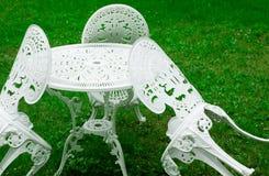 De stoelen van de tuin Stock Afbeeldingen