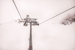 De stoellift bij skitoevlucht Zell Am ziet, Kaprun in Oostenrijk Stock Foto's