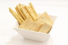 De stokken van het brood en crackers Stock Afbeeldingen
