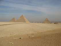 De stora pyramiderna Royaltyfri Fotografi