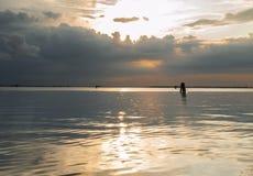 De stormachtige lagune van zonsondergangvenetië Royalty-vrije Stock Afbeelding