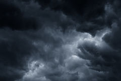De stormachtige regen betrekt achtergrond Stock Fotografie