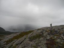 De stormachtige regen van de fjorden van Noorwegen ` s Royalty-vrije Stock Fotografie