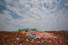 De stortplaats van het vuilnis stock foto