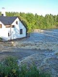 De stortvloed van de vloed bij de lente Stock Foto's