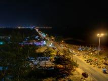 De straat op het ngchan Strand van Saภ³ in nacht Thailand Stock Afbeeldingen