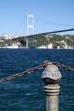 De Straat van Bosporus, de pijler van Istanboel Stock Foto's