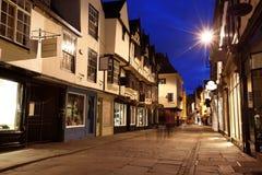 De straat van de avond in York Stock Foto's