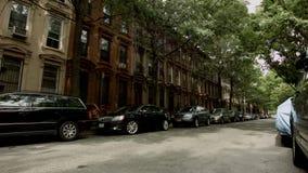 De Straat van de parkhelling in de Zomer stock videobeelden