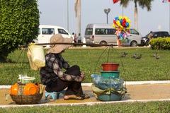 De straat van de straatverkoper in Phnom Phen Royalty-vrije Stock Afbeeldingen