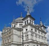 De Straat van Lodz - Piotrkowska-- Kerk Stock Afbeelding