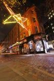 De straat van Londen bij nacht Royalty-vrije Stock Foto's