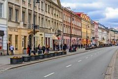 De straat van Nowyswiat in Warshau Stock Afbeelding
