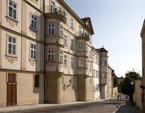 De Straat van Uvoz bij Kleinere Stad in Praag Stock Foto