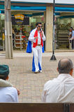 De straatacteur kleedde zich als Elvis op Calcadao DE Londrina Stock Foto's