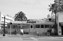 11de straatdiner, het Strand B&W van Miami Stock Afbeeldingen