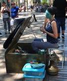 De straatkunstenaar Is Trying To maakt het Leven Stock Afbeelding