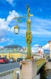 De straatlantaarn op de brug Royalty-vrije Stock Afbeeldingen