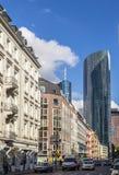 De straatmening van de binnenstad in Frankfurt Stock Foto's