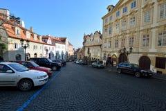 De straatmening van Praag Stock Foto's