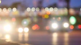 De straatnacht van de verkeerslichtenstad stock video