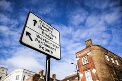 De straatteken van Westminster in Londen, Engeland stock fotografie
