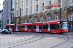De straattram van Dresden Stock Afbeeldingen