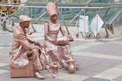 De straatuitvoerders koppelen entertainers royalty-vrije stock foto's