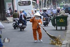 De straatveger van Vietnam Stock Afbeeldingen