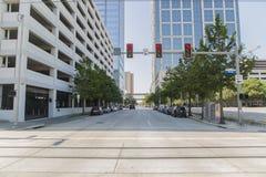 De straatverkeerslicht van Houston in hoofdstraat stock foto's
