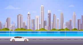 De Straatweg van de autoaandrijving over de Meningscityscape van de Stadswolkenkrabber Achtergrondhorizonpanorama vector illustratie