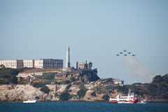 De stralen bij de Lucht van de Week van de Vloot Alcatraz tonen San Francisco Royalty-vrije Stock Afbeelding