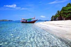 De stranden van tropische overzees stock afbeeldingen
