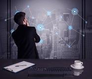 De strategie van de verkoperstekening op bureauvergadering Royalty-vrije Stock Afbeeldingen