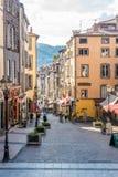 In de straten van Clermont-ferrand in Frankrijk royalty-vrije stock afbeelding